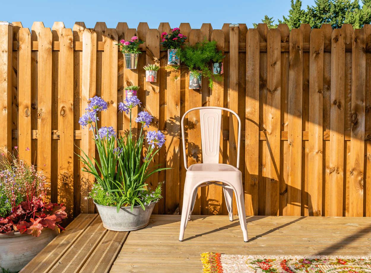 Panneau Bois, Idéal Pour Bien Clôturer Son Jardin
