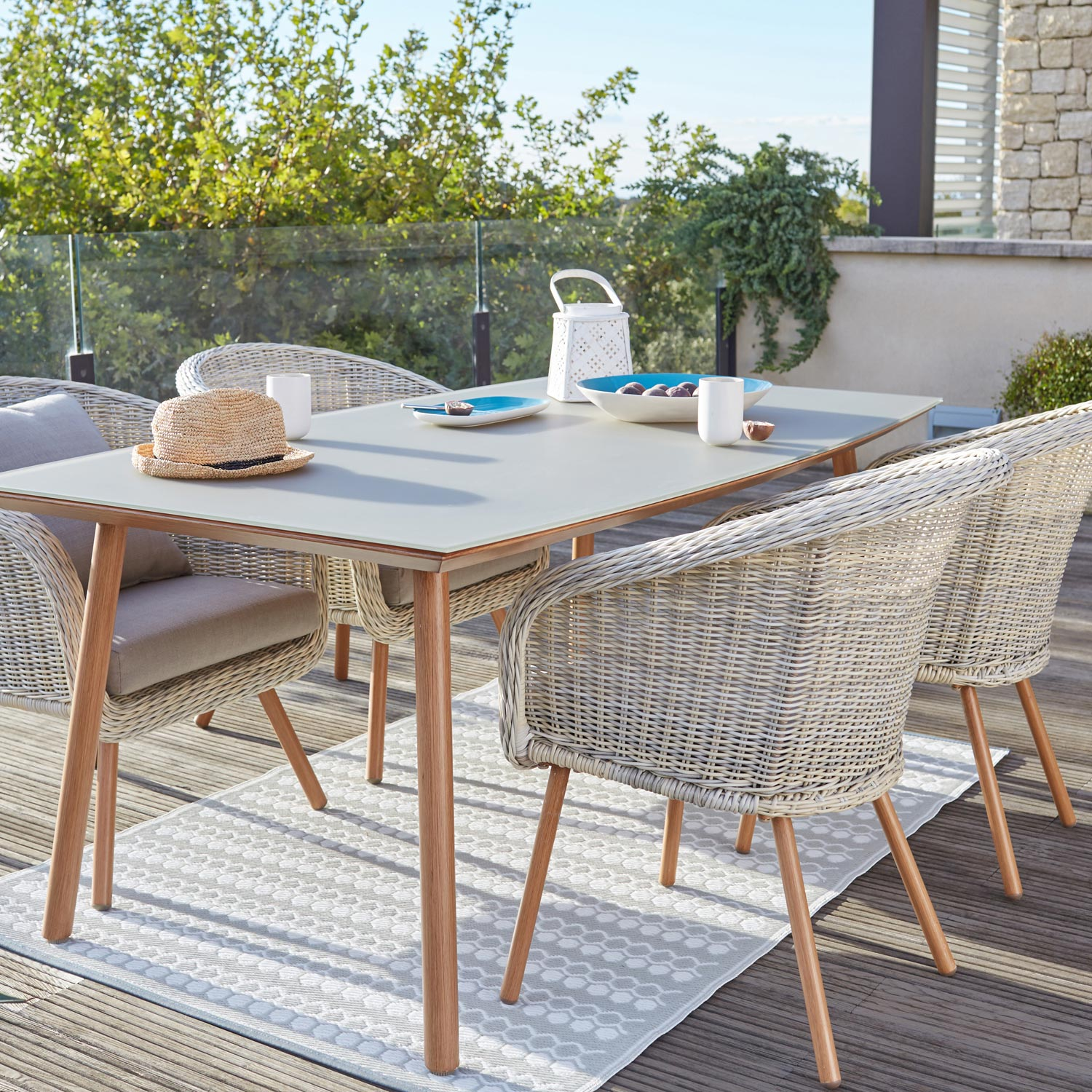 Salon de jardin new england blanc 4 personnes leroy merlin for Table jardin 4 6 personnes