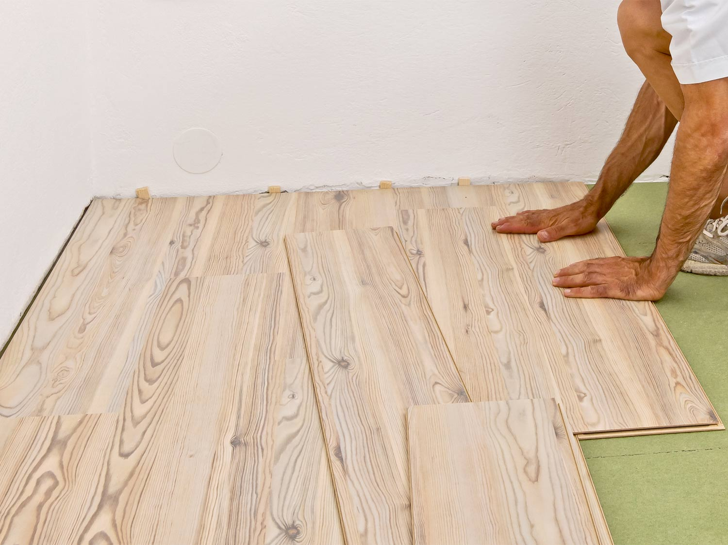 Comment isoler un plancher en surface ?