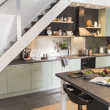 Une cuisine vert pastel et gris dans la tendance