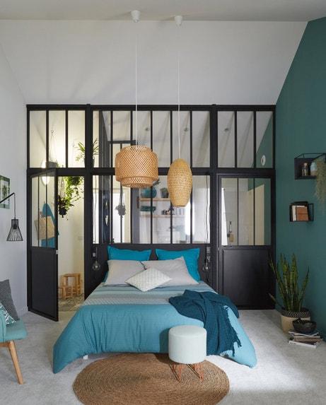 Une chambre au style industriel