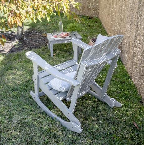 Un fauteuil à bascule pour se reposer et profiter