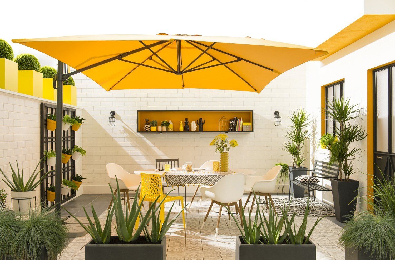 Couvrir Une Cour Intérieure des idées pour décorer la cour ou le patio   leroy merlin