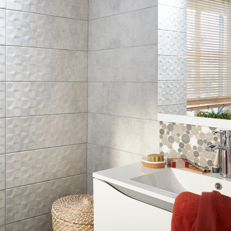 Un effet relief pour les carreaux de la salle de bains  Leroy Merlin