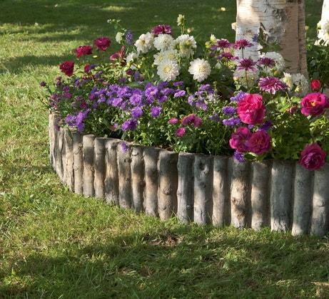 Une bordure pour les massifs de fleurs