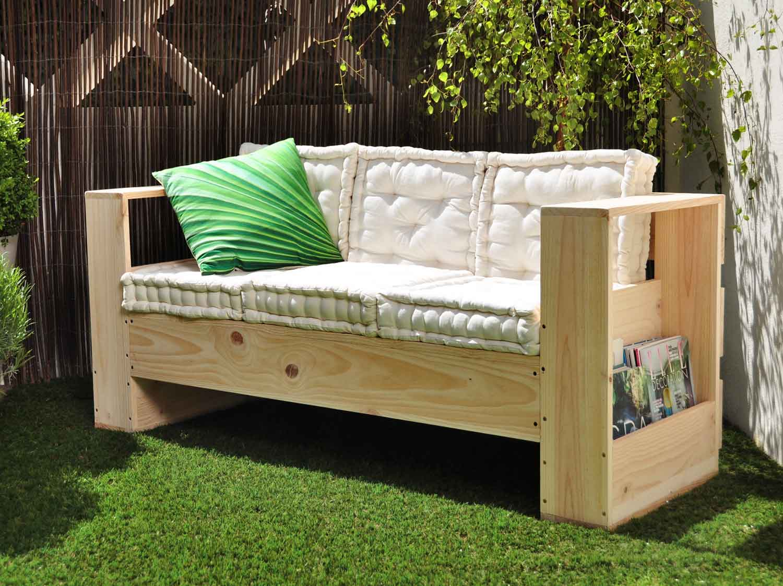 diy : réaliser un canapé d'extérieur en bois | leroy merlin
