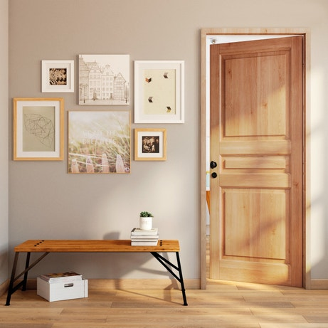 Un bloc porte en chêne rustique pour une entrée authentique