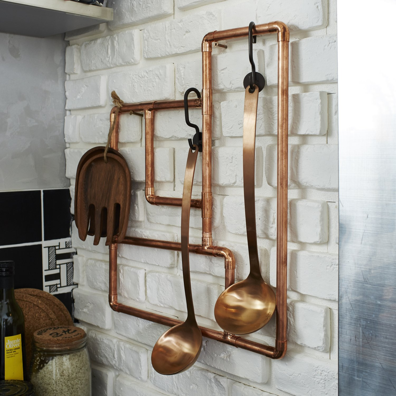 Un support d 39 ustensiles de cuisine en tubes et raccords de cuivre pour un style industriel - Tous les ustensiles de cuisine ...