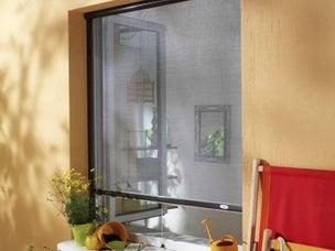 comment choisir une moustiquaire pour ses fen tres ou ses portes leroy merlin. Black Bedroom Furniture Sets. Home Design Ideas