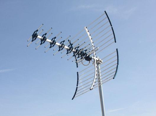 Comment Installer Une Antenne Tv Terrestre Extérieure