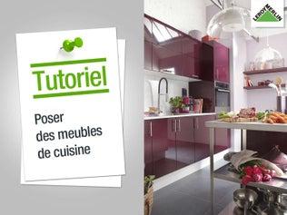 Poser des meubles de cuisine