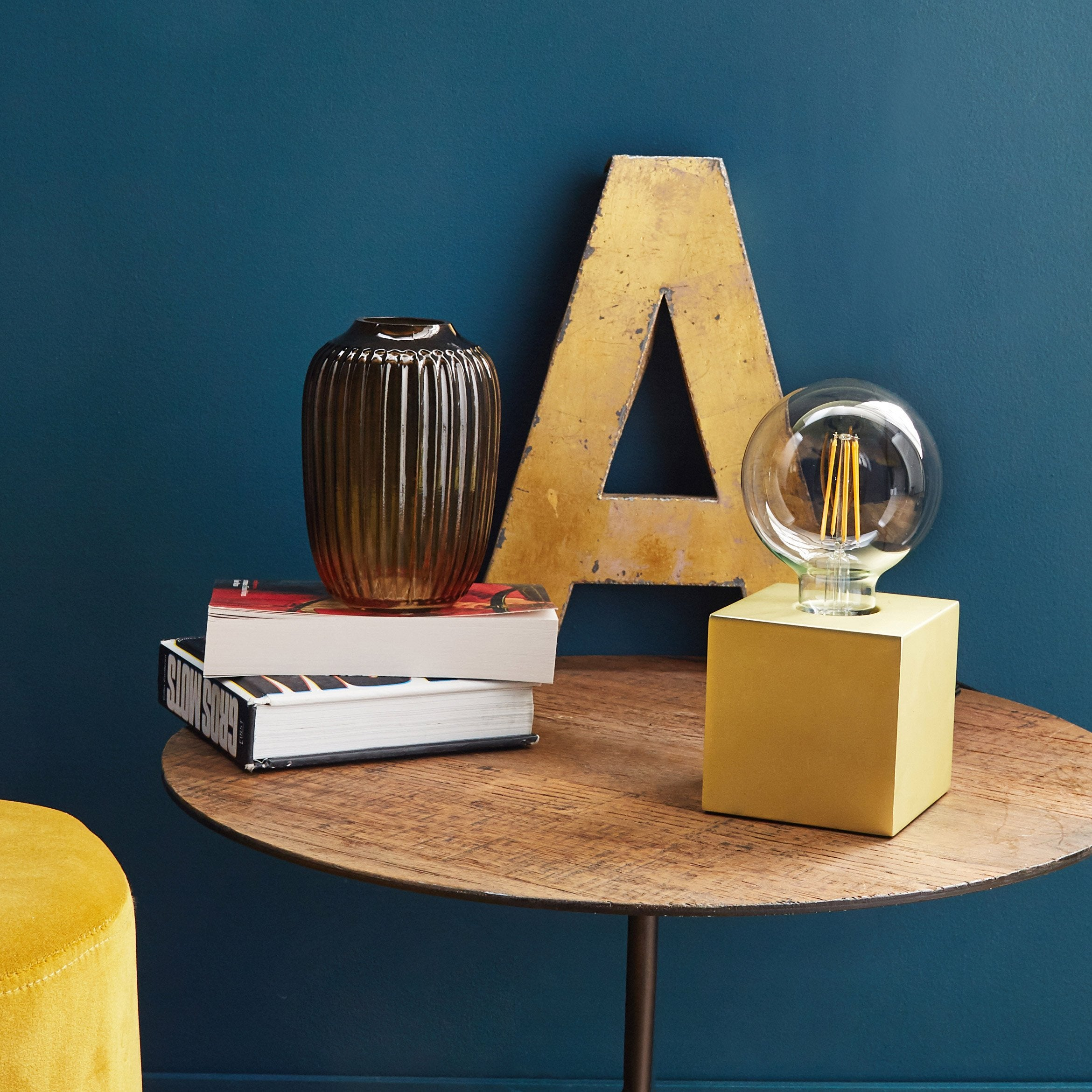 Lampe tactile, neoclassic, métal or, INSPIRE Scaly