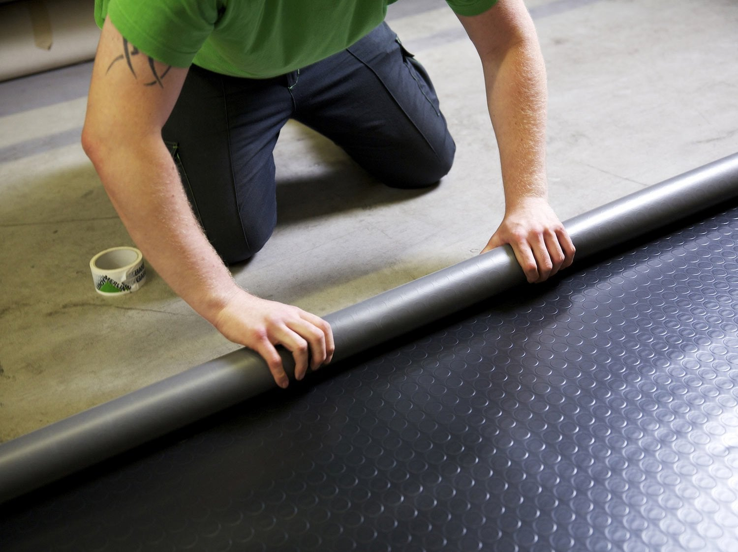 Lame dalle et sol pvc leroy merlin for Carrelage pour garage leroy merlin