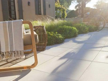 Bien choisir sa terrasse en b ton ou en pierre leroy merlin - Gravillon leroy merlin ...