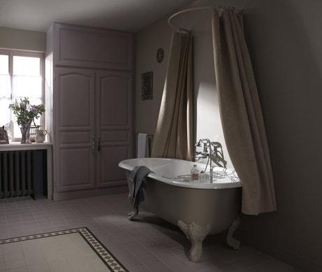 Salle de bains au charme rétro