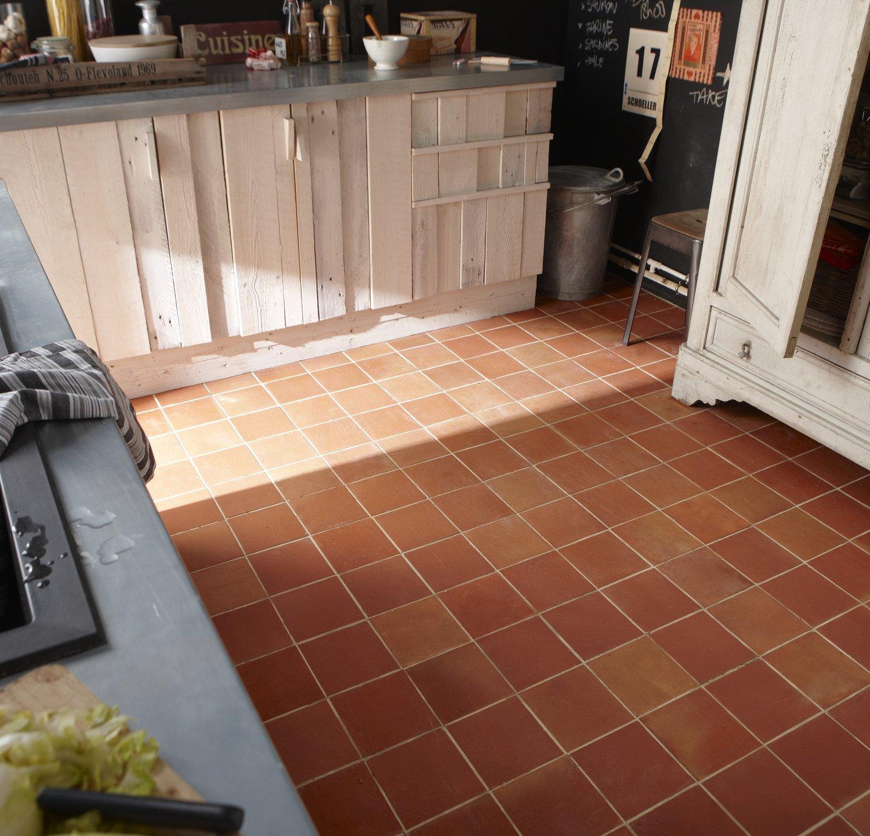 un carrelage aspect pierre pour la cuisine leroy merlin. Black Bedroom Furniture Sets. Home Design Ideas