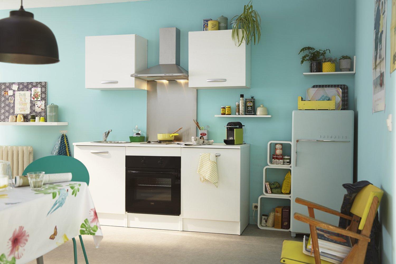 une cuisine tout quip e dans les tons bleut s leroy merlin. Black Bedroom Furniture Sets. Home Design Ideas