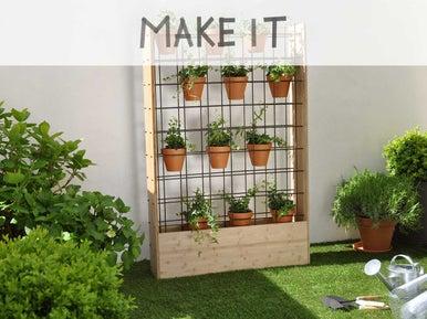 Diy fabriquer un mur v g tal d 39 ext rieur leroy merlin - Fabriquer mur vegetal ...