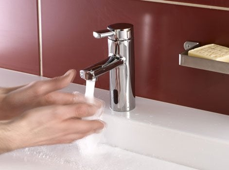 la domotique sinstalle partout dans la maison mme dans la salle de bains les quipements intuitifs comme des dtecteurs de prsence ou une - Domotique Salle De Bain