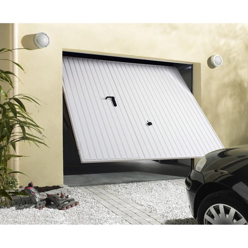 Porte de garage manuelle d bordante avec portillon for Porte de garage manuelle avec portillon
