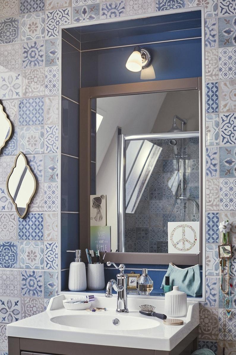 du carrelage du sol au plafond leroy merlin. Black Bedroom Furniture Sets. Home Design Ideas