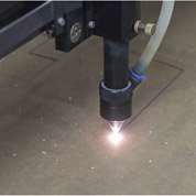 Utiliser la machine laser (1h30 - 2h)