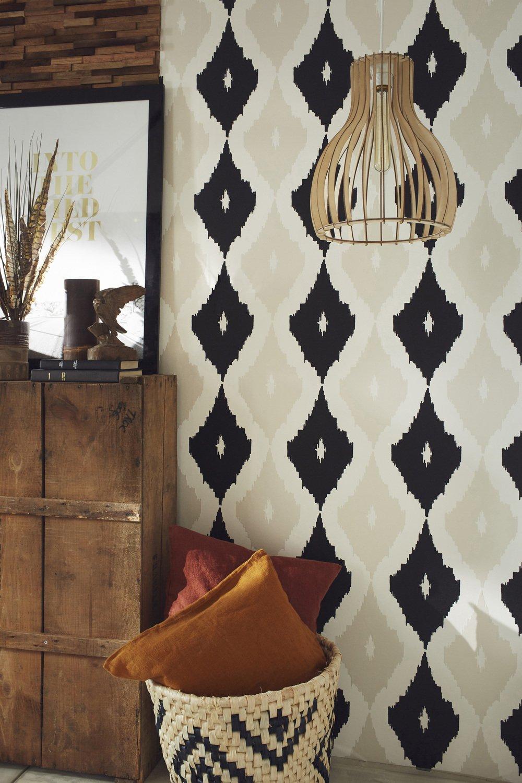 un papier peint au style ethnique leroy merlin. Black Bedroom Furniture Sets. Home Design Ideas