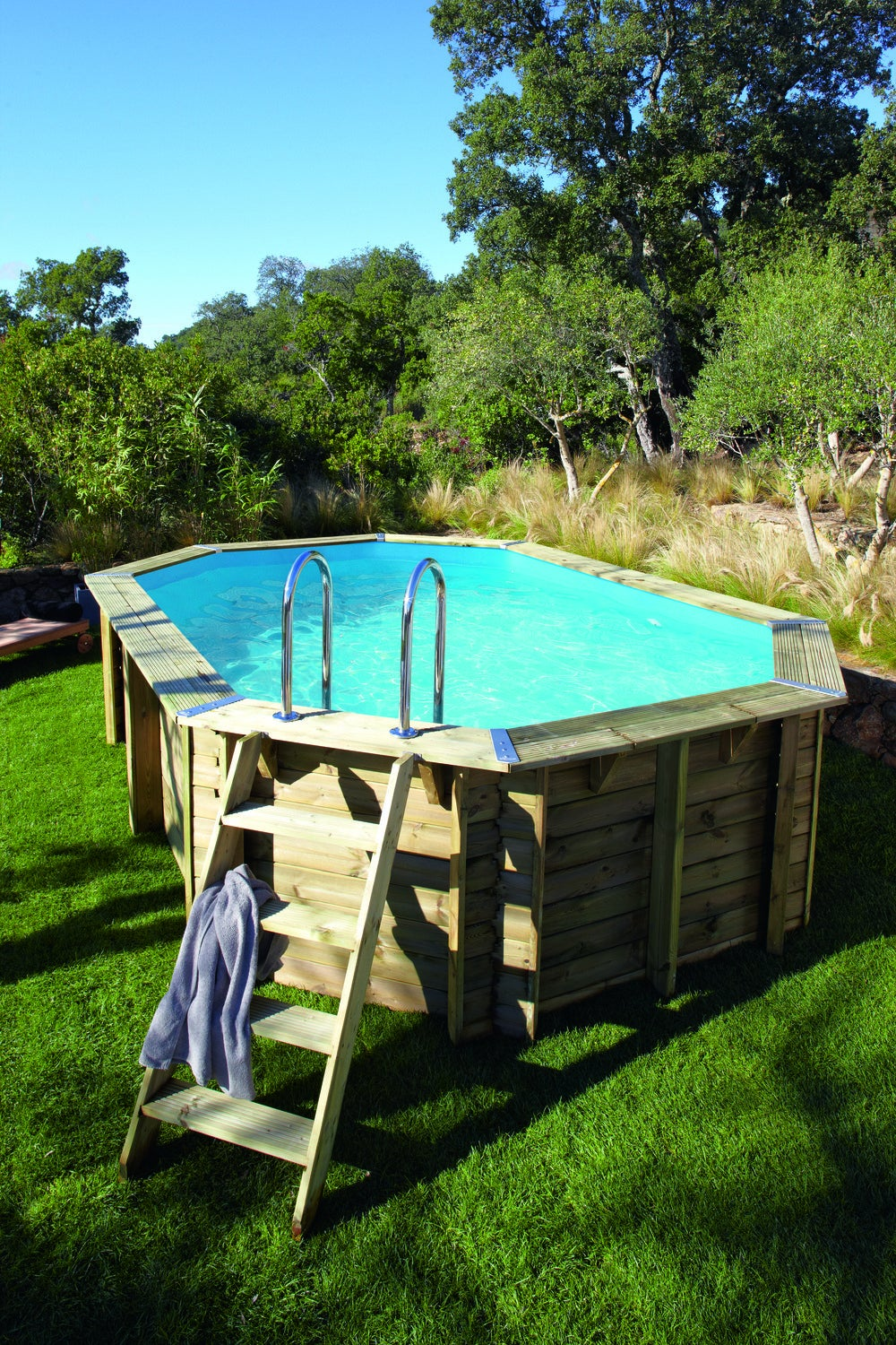 barriere piscine leroy merlin tout une piscine hors sol en bois pour petits et grands with. Black Bedroom Furniture Sets. Home Design Ideas