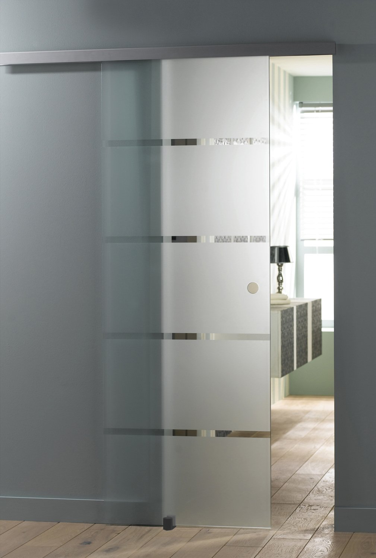 Une porte coulissante en verre dépoli  Leroy Merlin