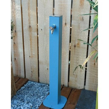 Fontaine robinet en métal bleu