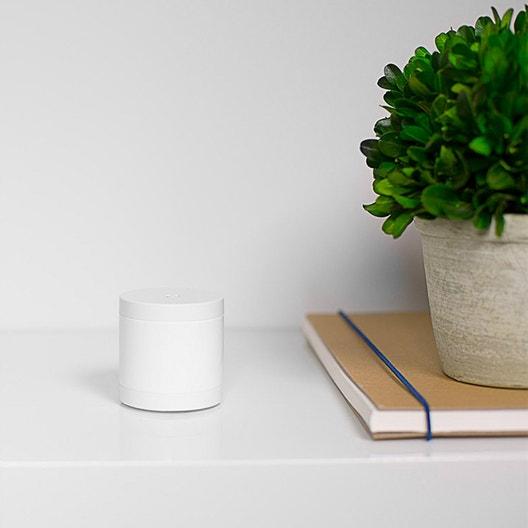 d tecteur de mouvement connect myfox home alarm leroy merlin. Black Bedroom Furniture Sets. Home Design Ideas