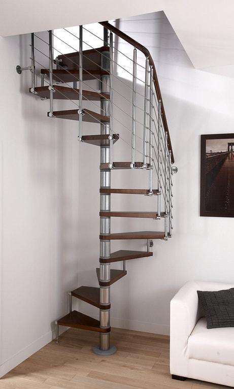 Un escalier en colimacon industriel