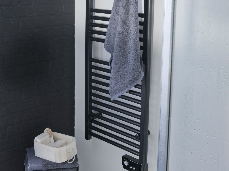 comment poser un s che serviettes lectrique leroy merlin. Black Bedroom Furniture Sets. Home Design Ideas