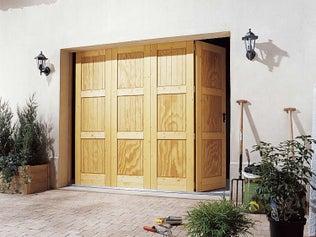 Une porte vitr e int rieure grise au style industriel - Poser une porte de garage coulissante ...