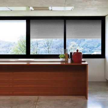 motorisation volet volet roulant battant au meilleur. Black Bedroom Furniture Sets. Home Design Ideas