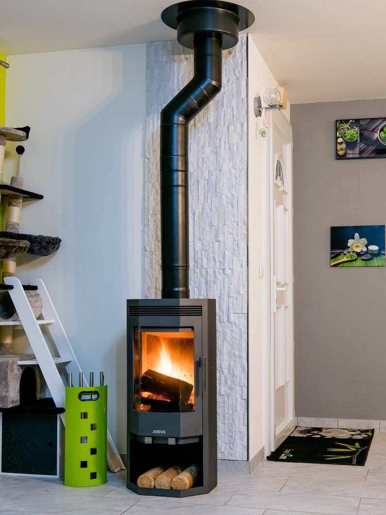 le po le bois g om trique d 39 aur lie floirac leroy merlin. Black Bedroom Furniture Sets. Home Design Ideas