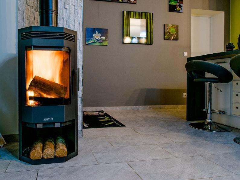 le po le bois dans la salle manger d 39 am lier floirac leroy merlin. Black Bedroom Furniture Sets. Home Design Ideas