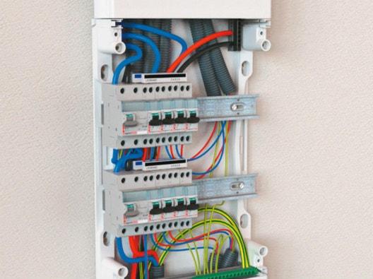 Comment choisir son tableau électrique et ses composants     Leroy Merlin 46e96e4988c6