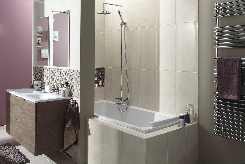 la salle de bains tout en un leroy merlin. Black Bedroom Furniture Sets. Home Design Ideas