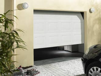Porte de garage basculante manuelle débordante sans ...