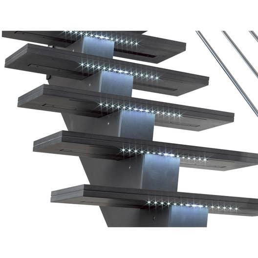 Kit Led Escalier : kit led pour escalier gomera leroy merlin ~ Melissatoandfro.com Idées de Décoration