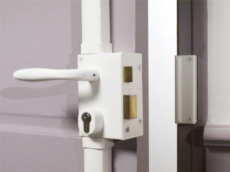 bien choisir sa serrure leroy merlin. Black Bedroom Furniture Sets. Home Design Ideas