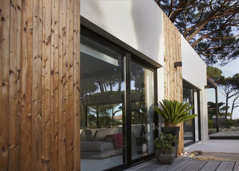 un bardage en bois pour donner du style votre maison leroy merlin. Black Bedroom Furniture Sets. Home Design Ideas