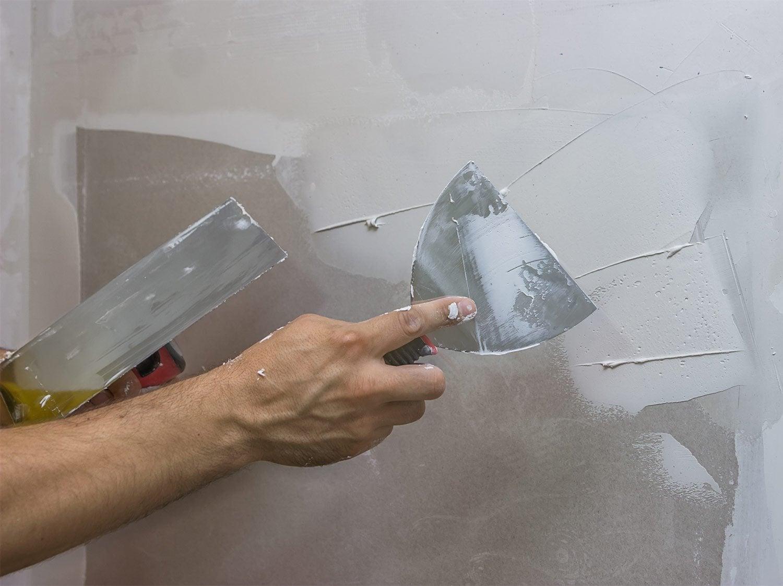 Sous couche peinture et enduit de lissage rebouchage leroy merlin - Enduire un mur video ...