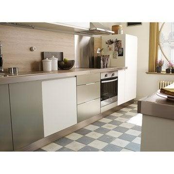 Plinthe pour cuisine elegant plinthe meuble cuisine cm for Angle plinthe cuisine