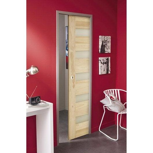 Comment poser une porte coulissante en applique leroy - Comment mettre une porte coulissante ...