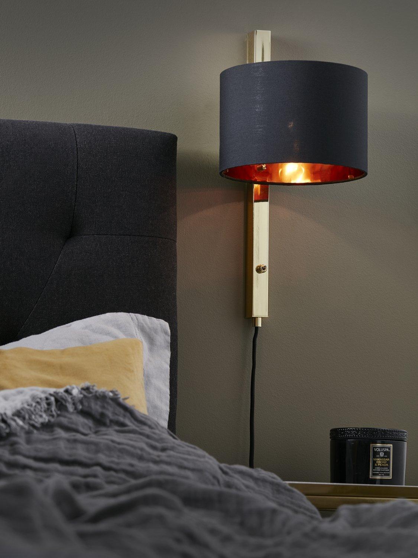 une atmosph re cosy avec cette lampe de chevet originale. Black Bedroom Furniture Sets. Home Design Ideas