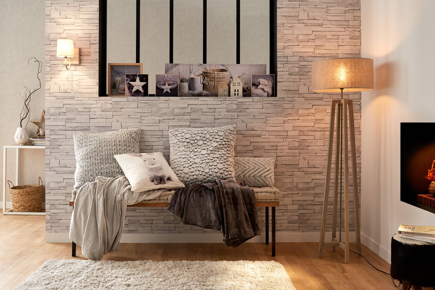 ambiance cocooning dans le salon leroy merlin. Black Bedroom Furniture Sets. Home Design Ideas