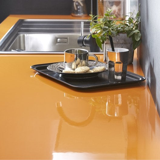 Plan de travail stratifi orange orange 4 brillant x for Plan de cuisine stratifie