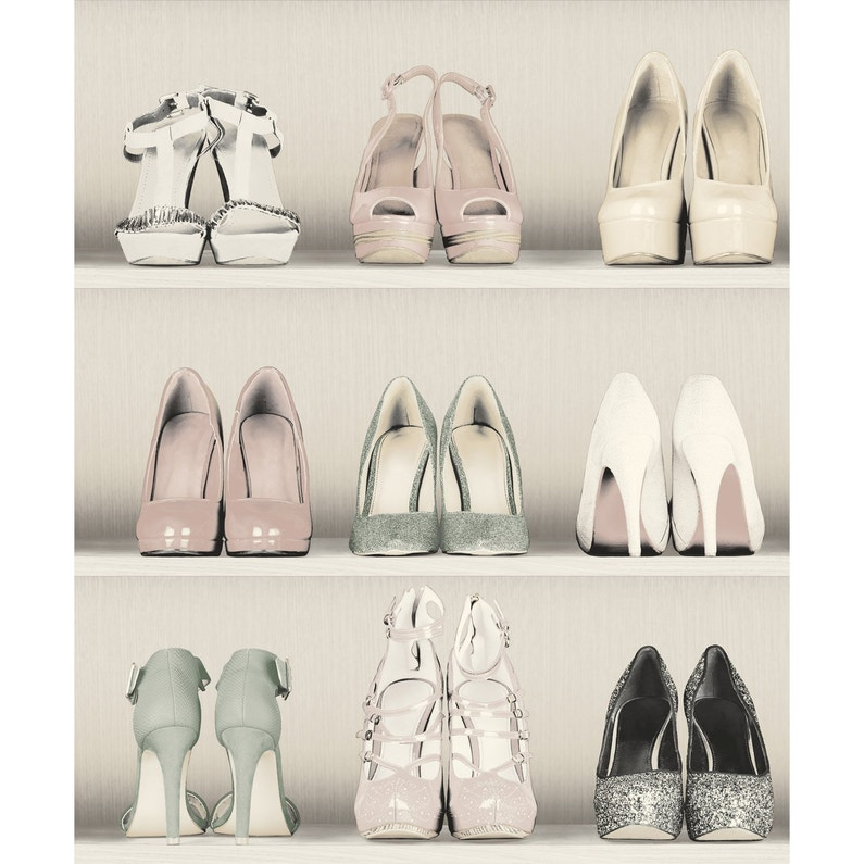 Papier Peint Intisse Dressing De Chaussure Beige Leroy Merlin